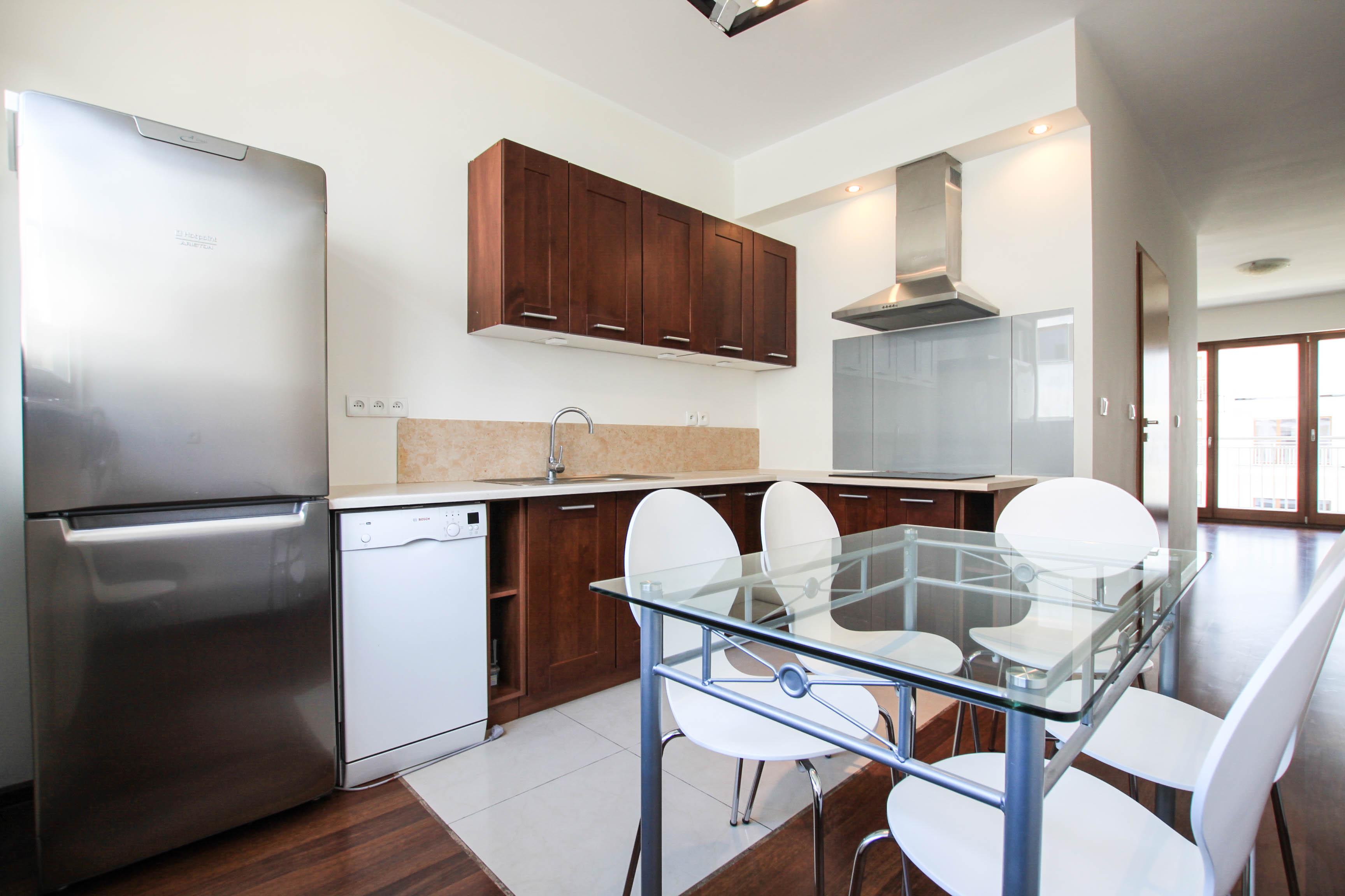 Komfortowe 3-pokojowe mieszkanie oś. Platan