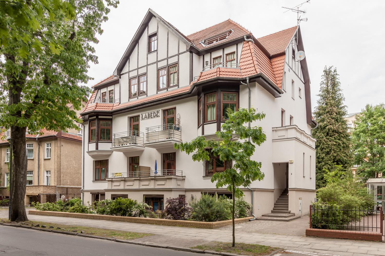 Apartament 2-pokojowy w stylowej nadmorskiej willi.
